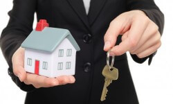 What Defines A Real Estate Advisor