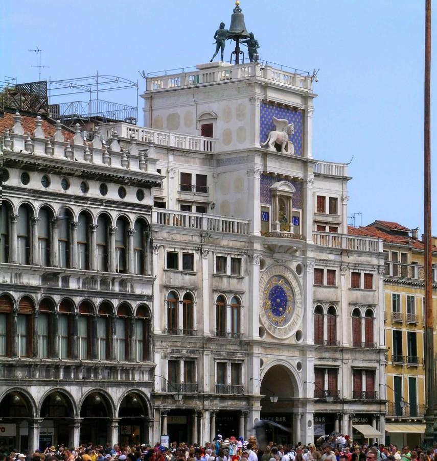 Clock_tower_Piazza_San_Marco_(Torre_dell'Orologio)_Venice