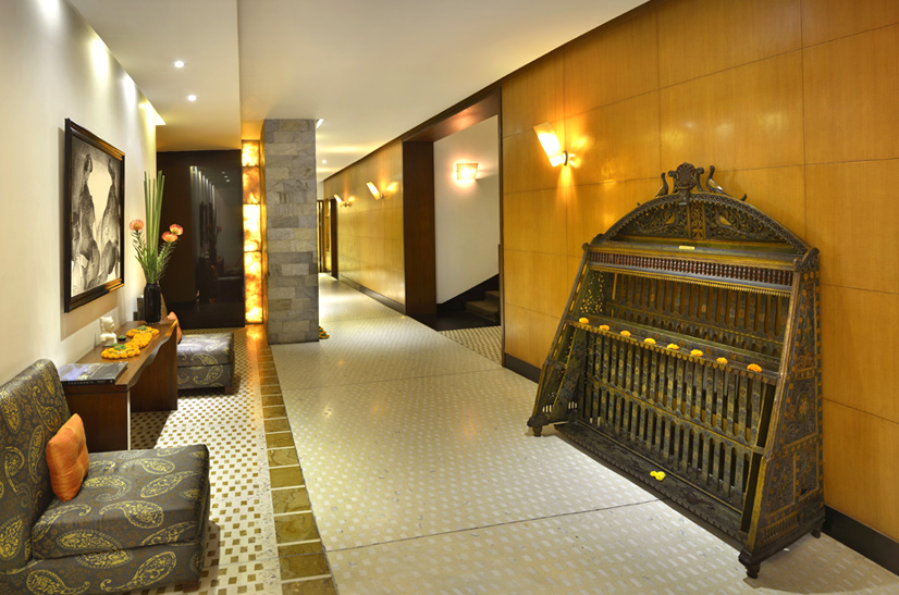 manor-interior-2