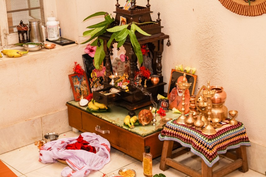 Pooja room decoration ideas find tips to make your puja for How to light up a room