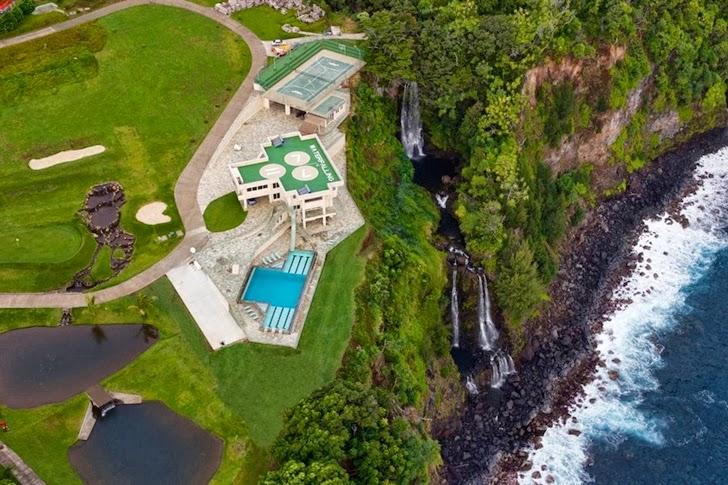 The water falling hawaii