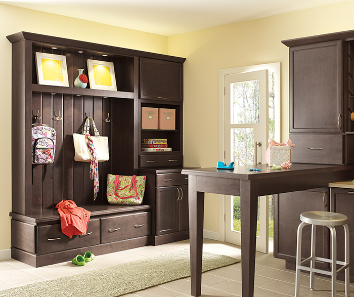 Foyer Mudroom Units : Use these tips to set up effective drop zones at home