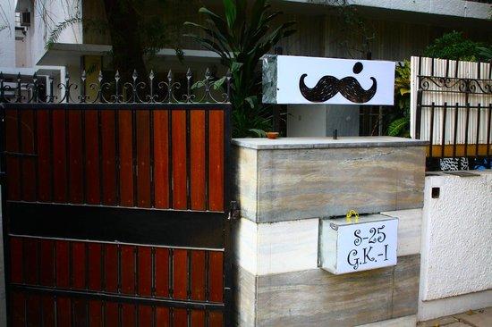moustache-hostel