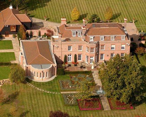beckingham-palace-