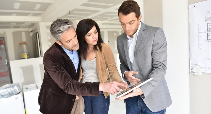 How Landlords Can Handle Tenant's Long Term Guest