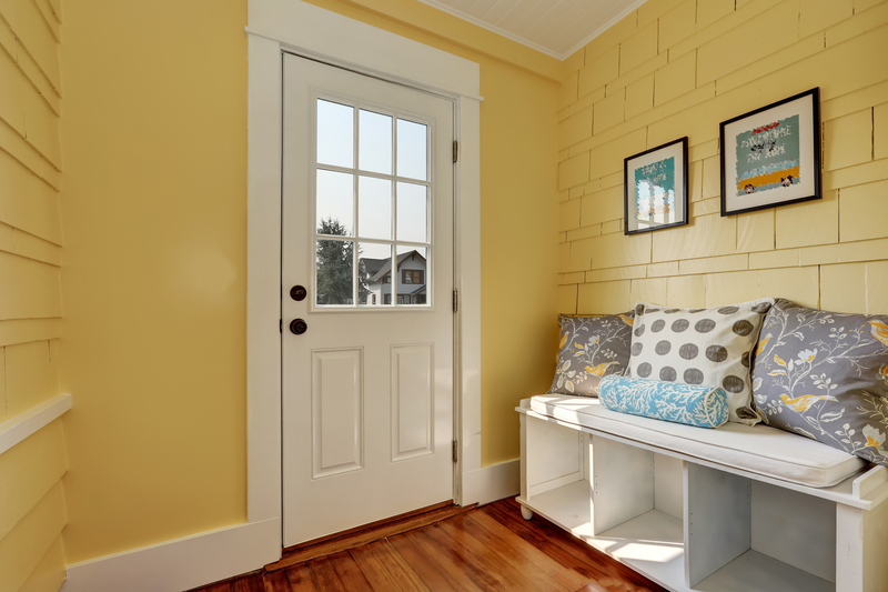 7 Design Tips for decorating Entryway