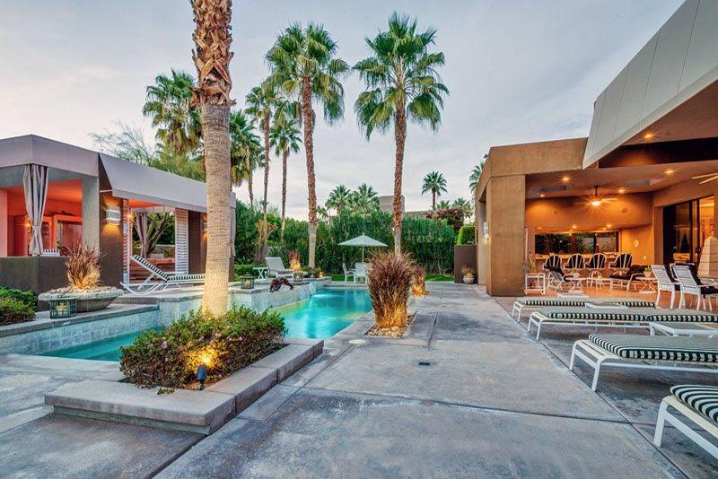 Elizabeth Taylor Palm Springs