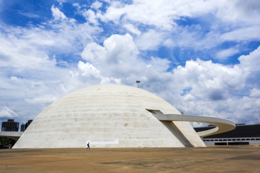 5 Beautiful Concrete Buildings In The World