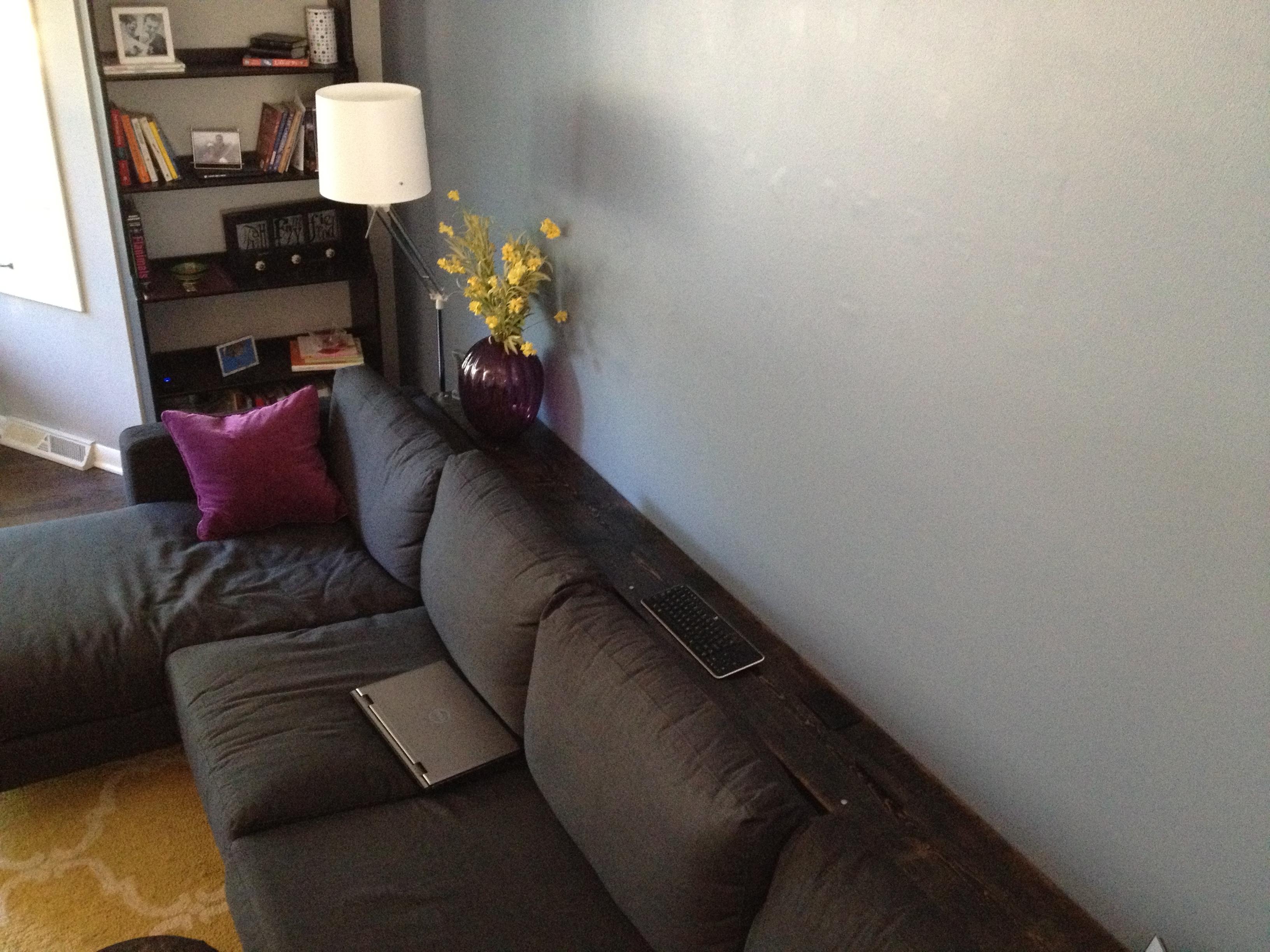 sofa (keepsonringing.files.wordpress.com)
