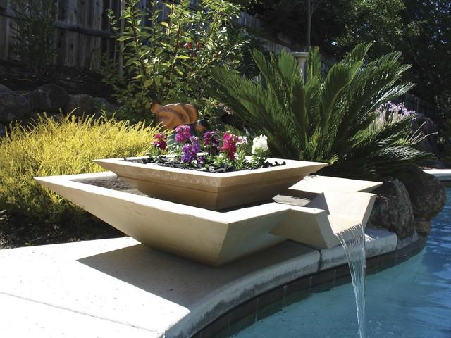 modern-outdoor-garden-fountain (pauldingcountyareafoundation.net)