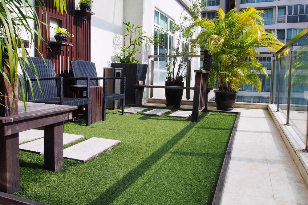Green carpet balcony