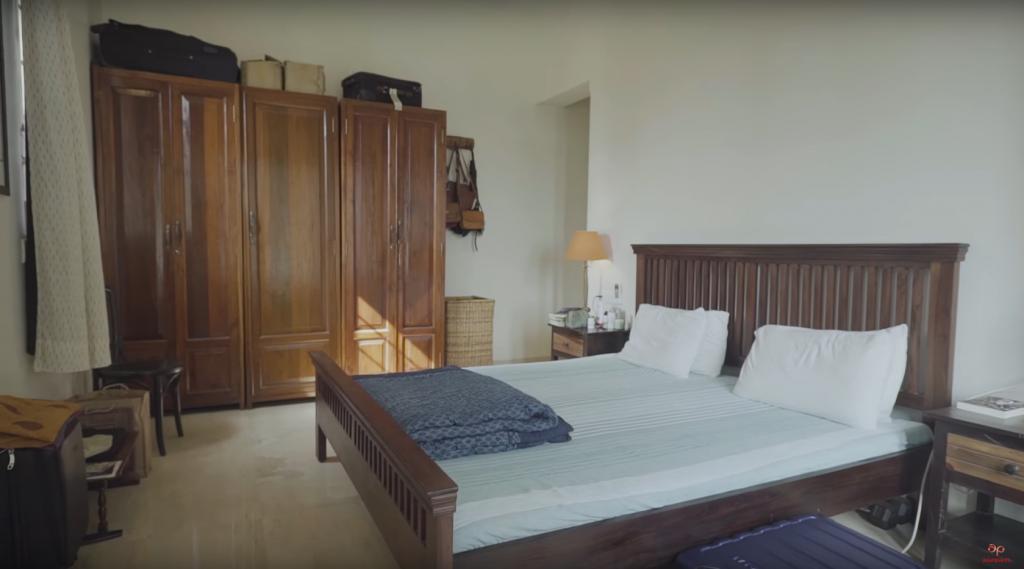 Radhika Apte Bedroom
